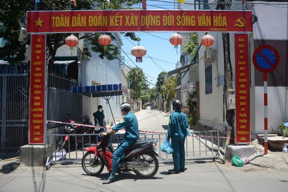 Việt Nam thêm 12 ca COVID-19 mới đều liên quan Bệnh viện Đà Nẵng