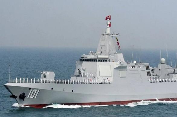 Trung Quốc tung clip khu trục hạm lớn nhất thế giới thử vũ khí hiện đại để làm gì? - Ảnh 1.