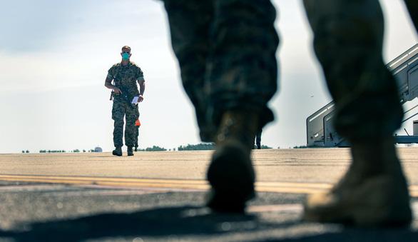 Mỹ tài trợ lập kho nhiên liệu quân sự ở Úc, phòng xung đột với Trung Quốc? - Ảnh 1.