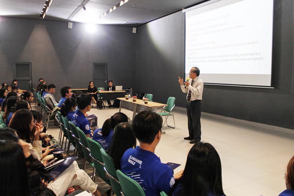 Rộng mở cơ hội học thạc sĩ TESOL của CityU tại ĐH Văn Lang - Ảnh 1.