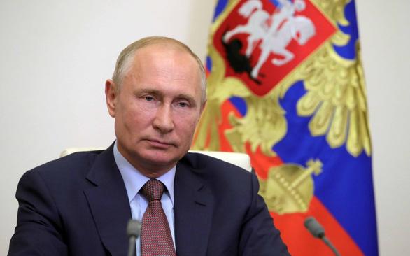 Chấp nhận sửa hiến pháp: Người Nga vẫn chuộng ông Putin - Ảnh 1.