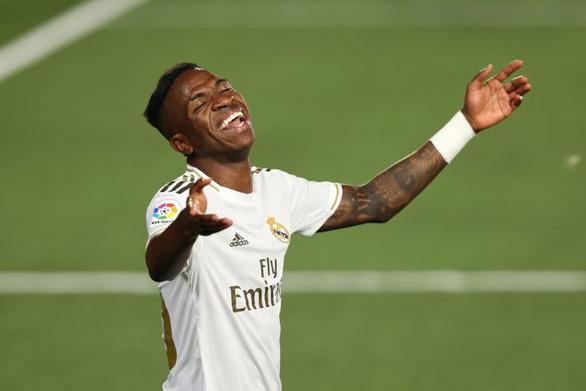 Thắng sát nút Getafe, Real Madrid tạo khoảng cách 4 điểm với Barca - Ảnh 3.