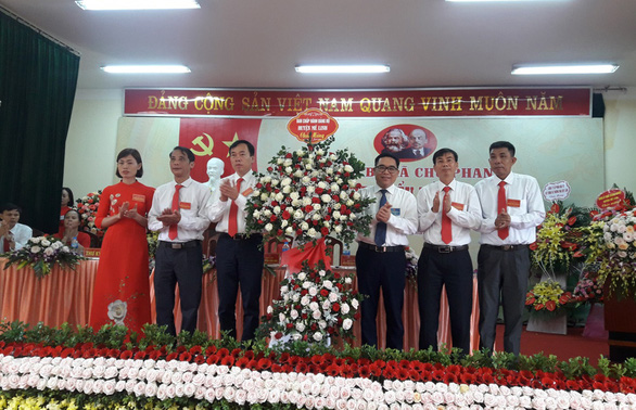 Thừa 14 phiếu bầu, ĐH Đảng bộ xã ở Hà Nội phải tổ chức bầu lại - Ảnh 1.