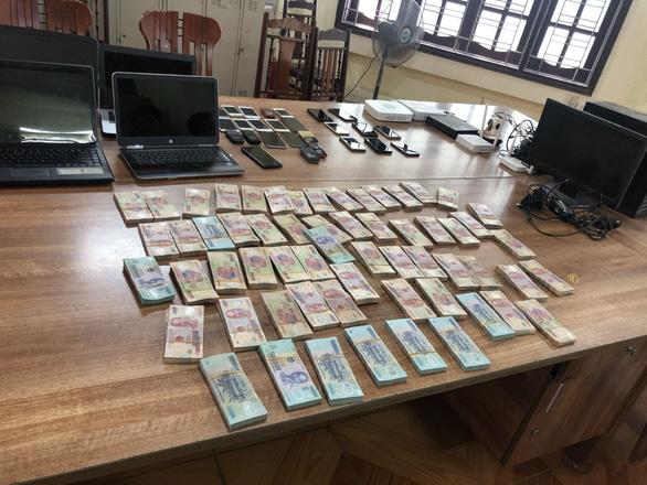 Triệt phá đường dây đánh bạc online 20.000 tỉ - Ảnh 2.