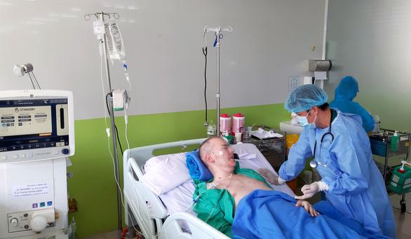 Viêm phổi ở bệnh nhân thở máy cao gấp 3-10 lần bệnh nhân không thở máy - Ảnh 1.