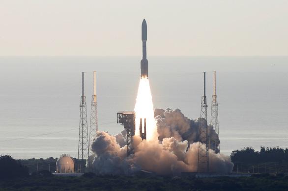 NASA phóng thành công tàu thăm dò sao Hỏa Perseverance - Ảnh 1.