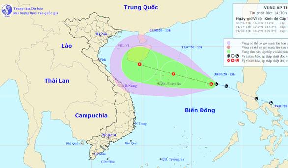 Áp thấp ở biển Đông có khả năng mạnh lên thành áp thấp nhiệt đới, thành bão - Ảnh 1.