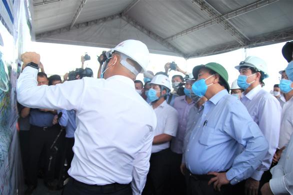 Cao tốc TP.HCM - Trung Lương - Mỹ Thuận: Chưa thống nhất được vị trí đặt trạm thu phí - Ảnh 1.