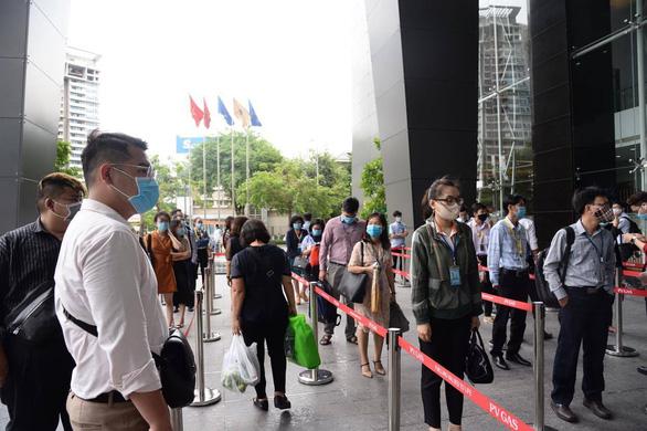18 ca COVID-19 mới, trong đó có người Trung Quốc nhập cảnh trái phép vào TP.HCM - Ảnh 1.