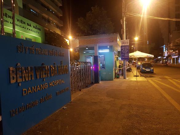 Hành trình di chuyển của 13 bệnh nhân mắc COVID-19 tại Đà Nẵng - Ảnh 1.
