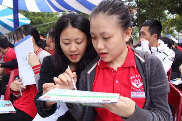 Sáng nay 4-7, báo Tuổi Trẻ tổ chức tư vấn tuyển sinh tại Đắk Lắk - Ảnh 4.