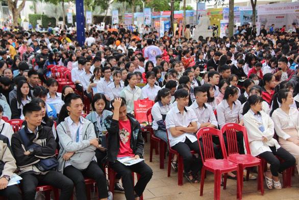 Sáng nay 4-7, báo Tuổi Trẻ tổ chức tư vấn tuyển sinh tại Đắk Lắk - Ảnh 3.