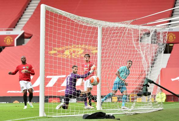 Tiền đạo 18 tuổi Greenwood tỏa sáng, Man Utd nhấn chìm Bournemouth - Ảnh 1.