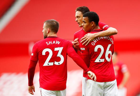 Tiền đạo 18 tuổi Greenwood tỏa sáng, Man Utd nhấn chìm Bournemouth - Ảnh 2.