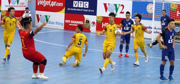 Thái Sơn Nam vô địch lượt đi mà không thua trận nào - Ảnh 2.