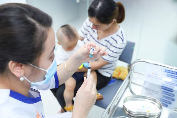 Khai trương 2 trung tâm tiêm chủng VNVC Nha Trang và Bắc Giang - Ảnh 4.