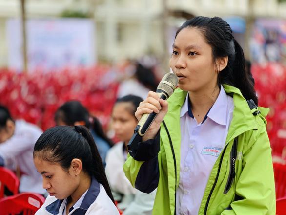 Học sinh Đắk Lắk muốn đưa xoài Ea Súp ra quốc tế - Ảnh 1.