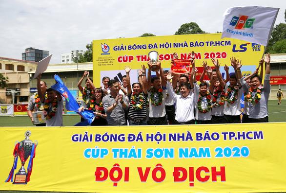 Truyền hình lên ngôi ở Giải bóng đá Hội Nhà báo TP.HCM 2020 - Ảnh 1.