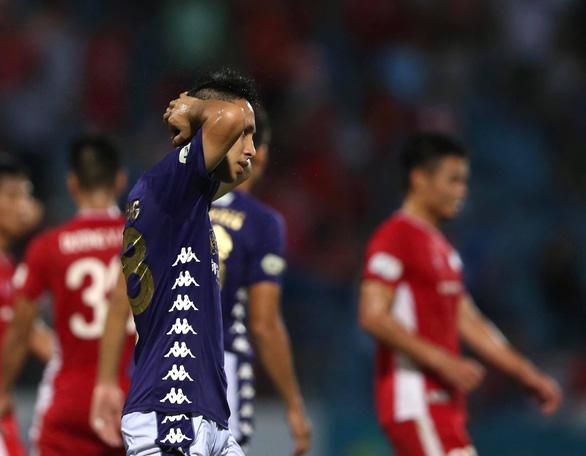 Viettel và Hà Nội níu chân nhau ở vòng 8 V-League - Ảnh 1.