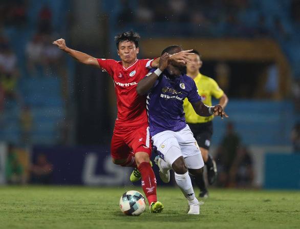 Viettel và Hà Nội níu chân nhau ở vòng 8 V-League - Ảnh 3.