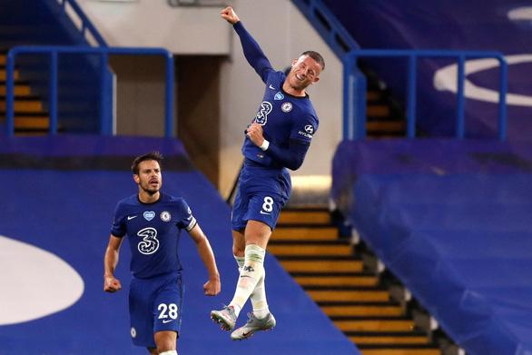 Thắng đậm Watford, Chelsea đòi lại vị trí thứ tư từ tay Man Utd - Ảnh 2.