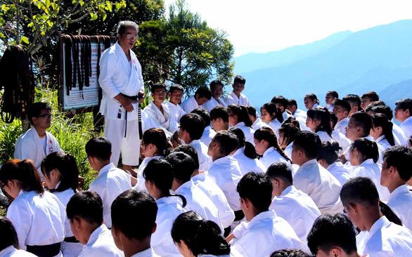 Đừng biến trường học thành võ đường, mà võ đường phải luôn là trường học - Ảnh 1.