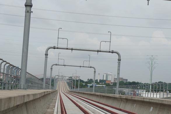 Đề nghị tổng thầu rà soát sự cố gối cao su bị rơi tại gói thầu CP2 tuyến metro số 1 - Ảnh 1.