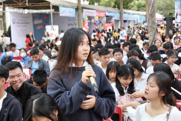 Sáng nay 5-7, báo Tuổi Trẻ tổ chức tư vấn tuyển sinh tại Khánh Hòa - Ảnh 1.