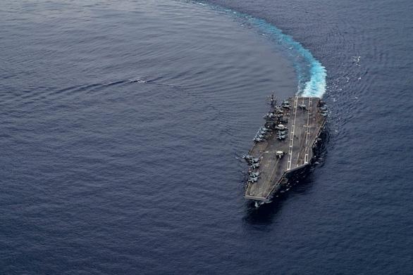 Mỹ bất ngờ hé lộ chi tiết tập trận cả ngày lẫn đêm trên Biển Đông - Ảnh 5.