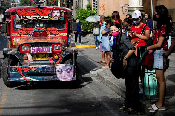 Vua đường phố Philippines tái xuất - Ảnh 1.