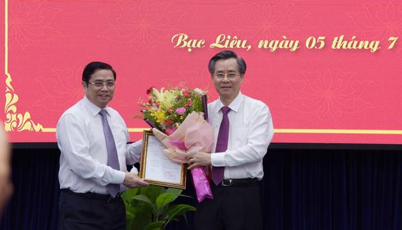 Bí thư Tỉnh ủy Hậu Giang Lữ Văn Hùng làm bí thư Bạc Liêu - Ảnh 2.