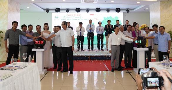 Lãnh đạo TP.HCM, ĐBSCL cùng doanh nghiệp bàn kế thúc đẩy phát triển du lịch - Ảnh 3.