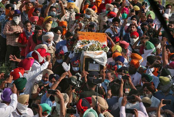 20 binh sĩ Ấn Độ chết trong xung đột biên giới với Trung Quốc không có vũ khí? - Ảnh 1.