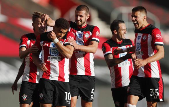 Dứt điểm kém, Man City 'phơi áo' trước Southampton - Ảnh 1.