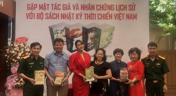 Bộ sách 'Nhật ký thời chiến Việt Nam': Nối dài sức sống mãi mãi tuổi 20 - Ảnh 1.