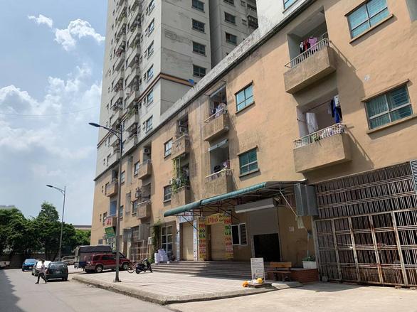 Gần 200 hộ dân Hà Nội kiện Sở Tài nguyên - môi trường và UBND TP. Hà Nội - Ảnh 1.