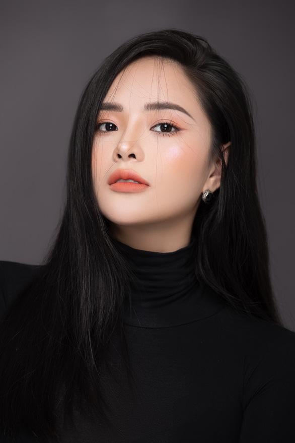 Hoa hậu Lại Hương Thảo kiện chồng cũ để giành quyền nuôi con - Ảnh 1.