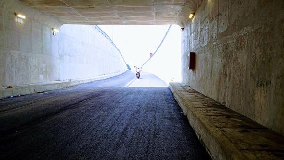 Hoàn thành nhánh đường hầm thứ 2 nút giao thông An Sương - Ảnh 2.