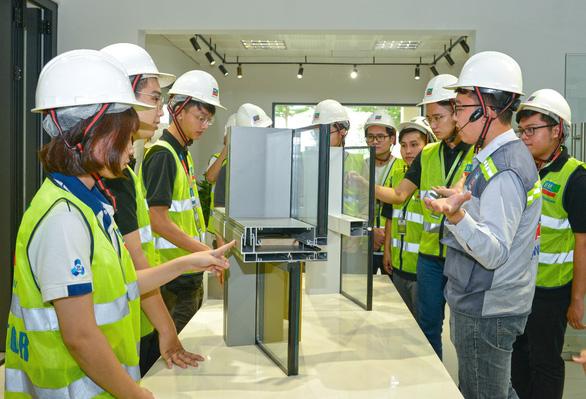 BM Windows mang đến trải nghiệm thực tế cho sinh viên ngành xây dựng - Ảnh 3.