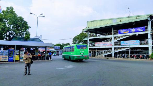 Không tạm ngưng hoạt động xe buýt từ ngày 15-8 - Ảnh 1.
