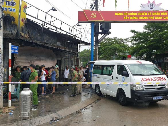 3 người chết cháy giữa ban ngày: nghi án giết người tình rồi tự sát - Ảnh 3.