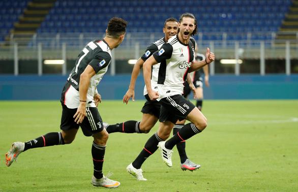 Ronaldo ghi bàn, Juventus vẫn thua ngược Milan dù dẫn trước 2-0 - Ảnh 1.