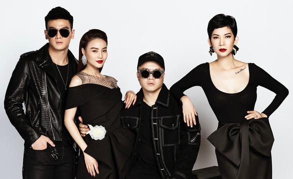 Đỗ Mạnh Cường chọn người mẫu 66 tuổi diễn thời trang - Ảnh 1.