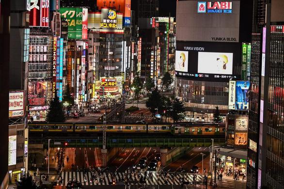 Nhật phải đền tiền để hộp đêm đóng cửa chống dịch - Ảnh 1.