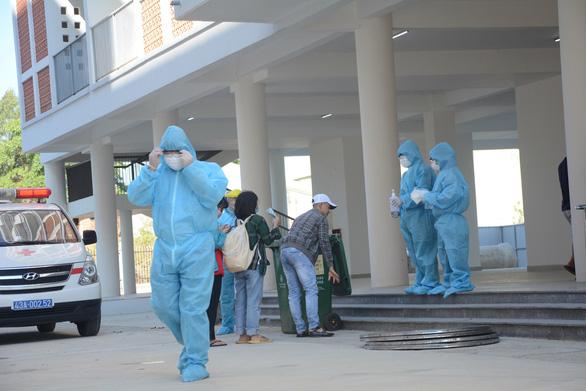 Thông báo khẩn liên quan các ca nhiễm COVID-19 của Bộ Y tế - Ảnh 1.