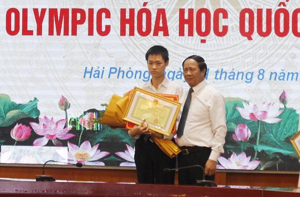 Hải Phòng thưởng 500 triệu cho học sinh giành huy chương vàng Olympic - Ảnh 1.