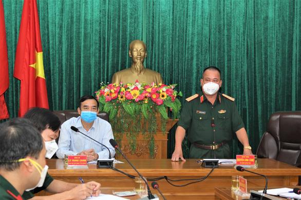 Bộ Quốc phòng tăng cường năng lực xét nghiệm COVID-19 cho Quân khu 5 - Ảnh 1.