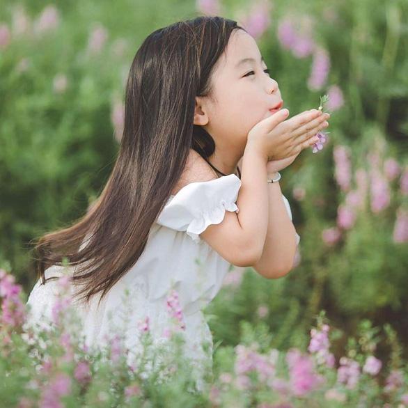 Sinh con gái - hái niềm vui - Ảnh 1.