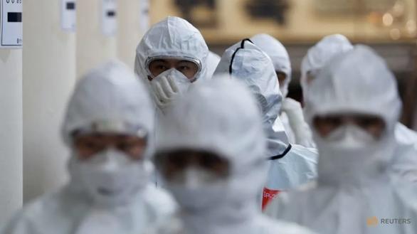 Thêm 3 biến chủng nCoV mới ở Hàn Quốc, các bác sĩ chưa rõ độc lực - Ảnh 1.