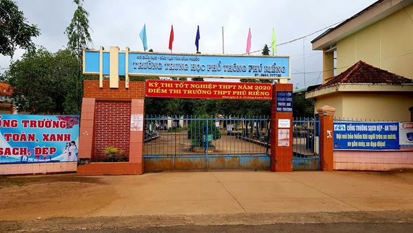Giám thị sai sót, Bình Phước phải lập cả hội đồng cho 1 thí sinh thi bổ sung - Ảnh 1.